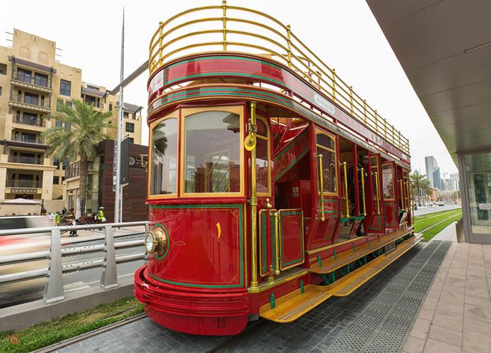 ride on the dubai trolley